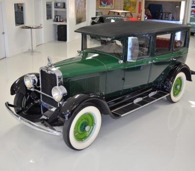 1927 Peerless 6-60 Sedan
