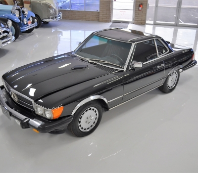 1986 Mercedes Benz 560SL Roadster