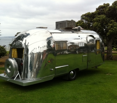 1958 Airstream Flying Cloud (22′), Original, Show Stopper!!