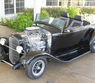 "1932 Ford ""Duece"" Custom Cabriolet, Show Winner!"